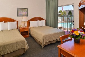 Americas Best Value Inn Loma Lodge - Guest Room with 2 Double Beds