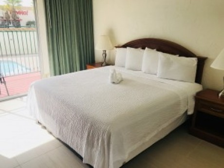 1 Double Bed at ABVI Loma Lodge
